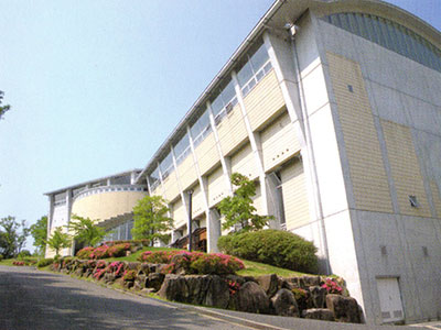 瑞浪高校屋内プール武道場